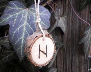 Alfabetul runelor - Hagalaz si Nauthiz 2