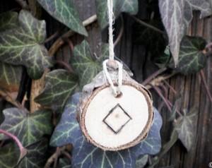 Alfabetul runelor - Laguz si Ingwaz 3