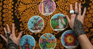 Divinatie Cărţile de joc şi Tarotul explicate pe înţelesul tuturor