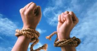 Dependente si vicii Dependenţele sunt cel mai mare duşman al libertăţii noastre