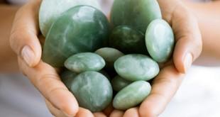 Pietre si cristale Beneficiile şi caracteristicile cristaloterapiei cu pietre de jad
