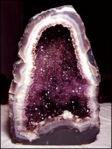 Proprietatile pietrelor semi-pretioase asupra organismului nostru - turcoazul si ametistul 3