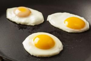 Ce inseamna cand visezi oua 3