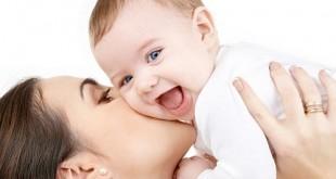 Ce înseamnă când visez un bebeluş? Interpretarea visului în care apare un bebeluş