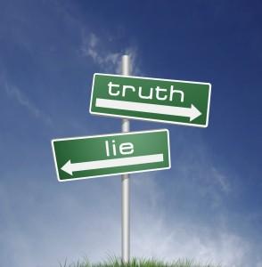 De ce acceptam sa fim mintiti? 2