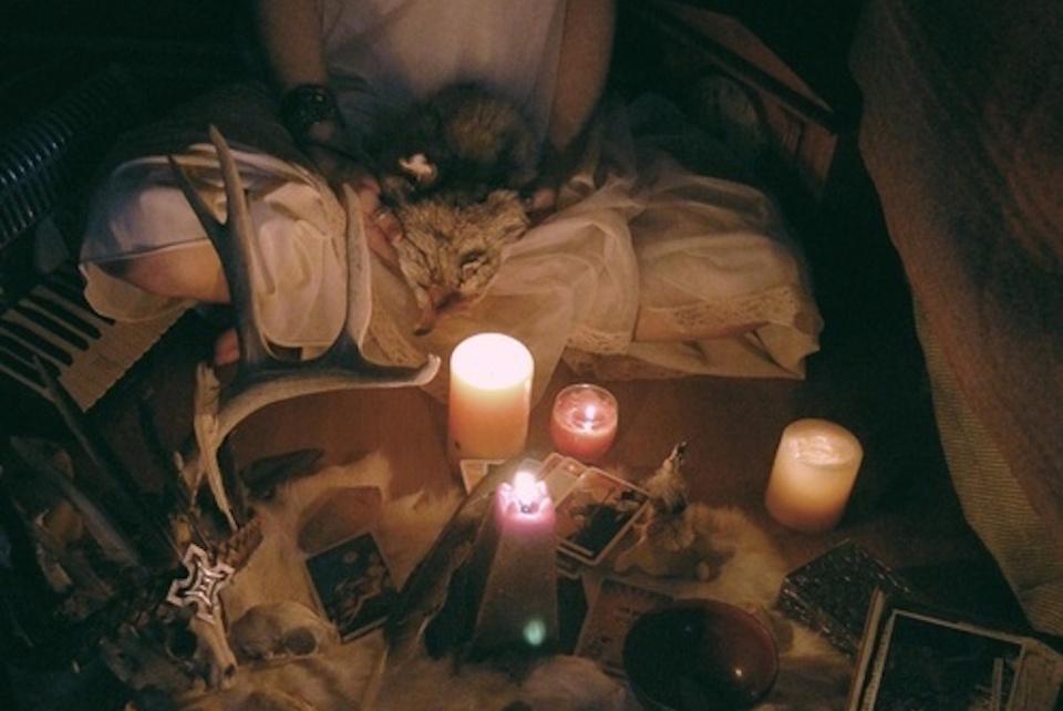 in-argentina-s-a-deschis-prima-scoala-laica-de-exorcism-2